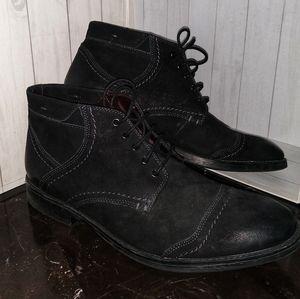 Clark's Mid-Cut Lace Up Chukka Boots Sz 13